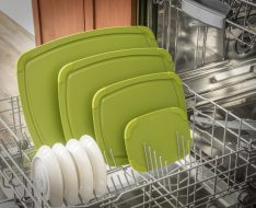 epicurean-cutting-board-poly-series-green-dishwasher